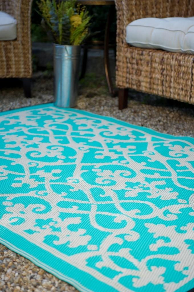 Venice Cream & Turquoise Indoor Outdoor Rug