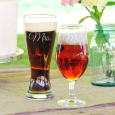 Mrs. & Mrs. Pilsner Set