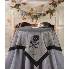 Skull & Spider Web Table Topper