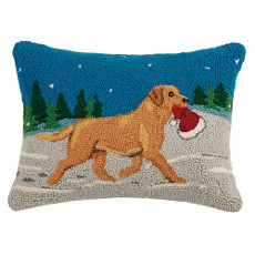 """Lab with Santa Hat hook pillow 14X18"""""""