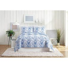 Swatch Blue Full / Queen Quilt, 3 Piece Set
