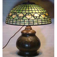 Original Tiffany Acorn W/Tobacco Leaf Table Lamp