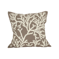 Coralyn 20x20 Pillow In Smoked Pearl