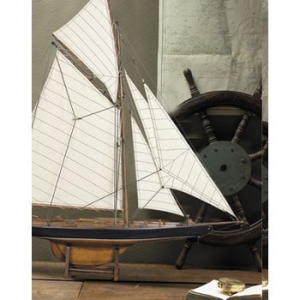 America's Cup Columbia 1901, Small Model Yacht